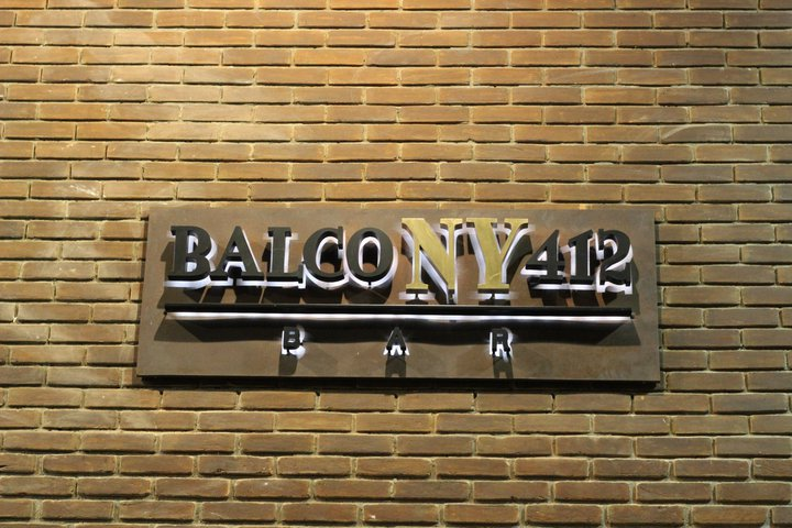 Bar-Balcony-412